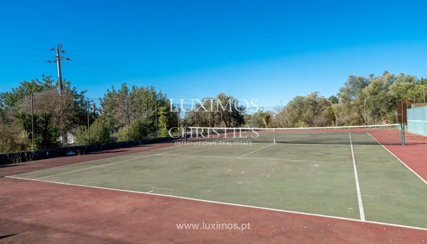 Piso en venta, piscina y tenis, Sta Bárbara de Nexe, Algarve, Portugal_70542