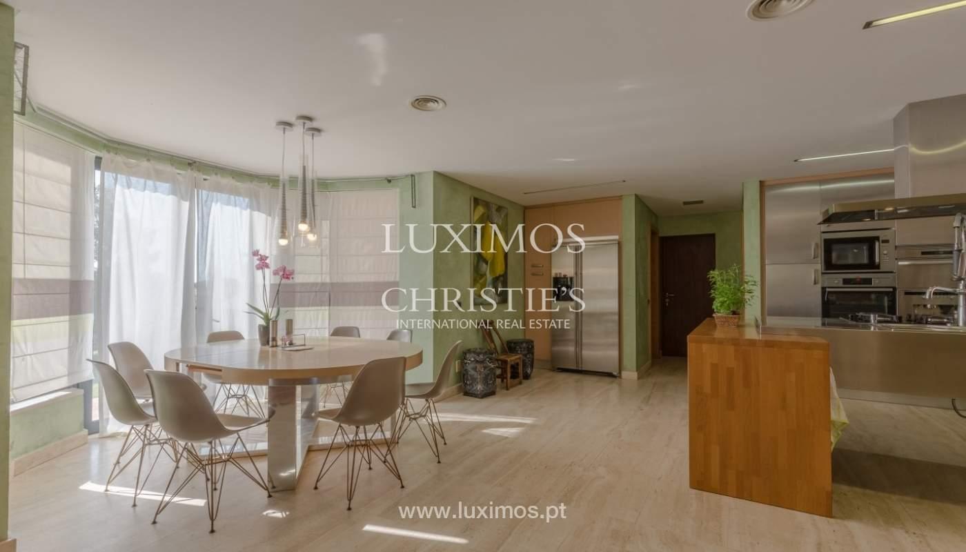 Verkauf Luxus-villa mit pool, nahe dem Meer, Quarteira, Algarve_72350