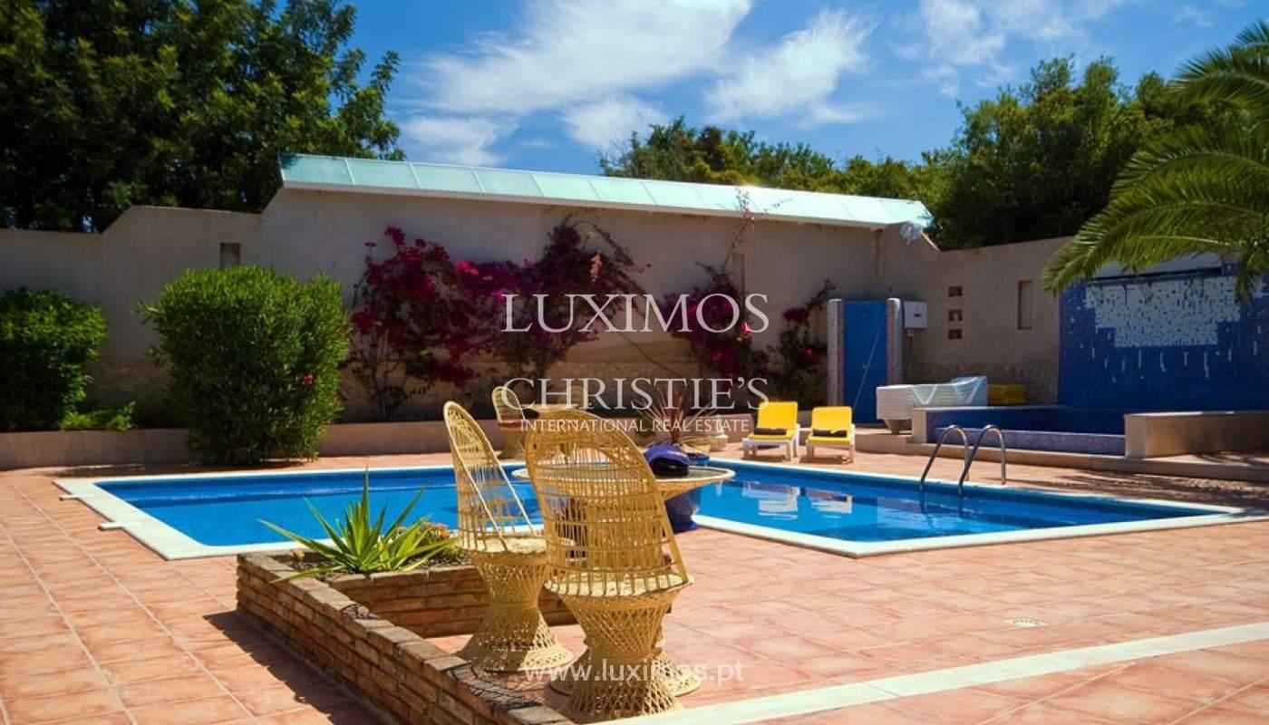 Freistehende villa zum Verkauf mit pool, Nähe Strand, golf, Armação Pera, Algarve, Portugal_74690