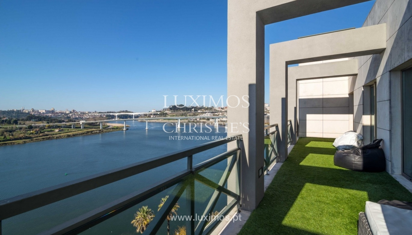 Modern and luxurious penthouse, river views, Porto, Portugal _74882