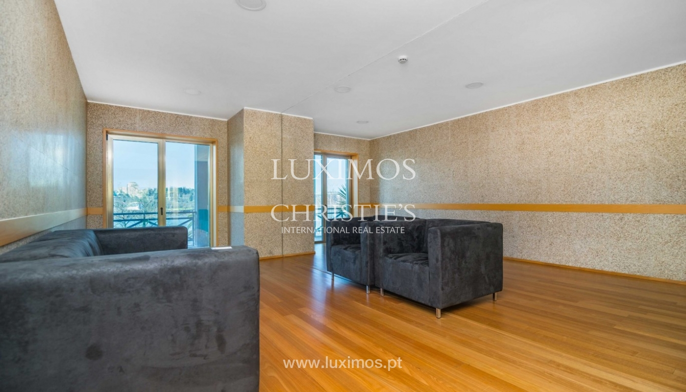Modern and luxurious penthouse, river views, Porto, Portugal _74902