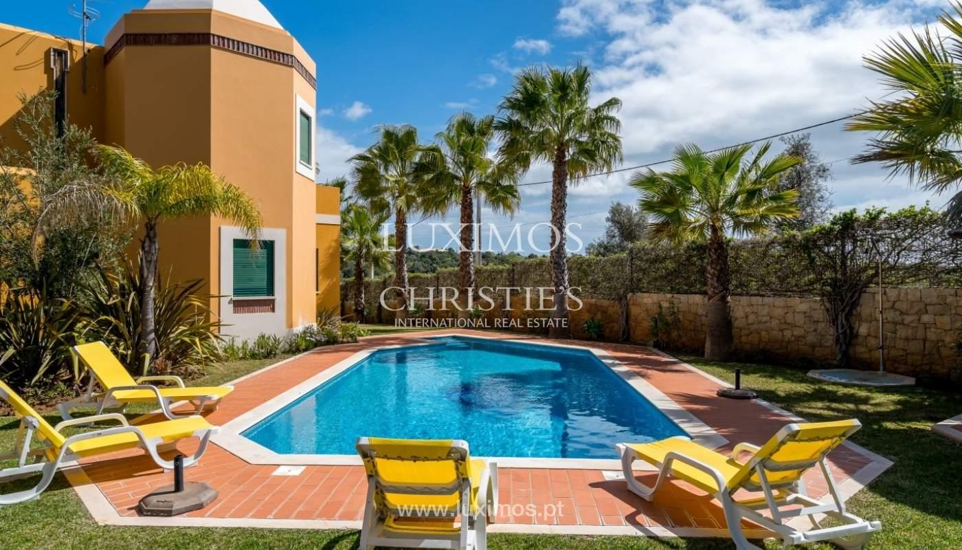 Freistehende villa zum Verkauf mit pool, in der Nähe von Strand und golf, Albufeira, Algarve, Portugal_76318