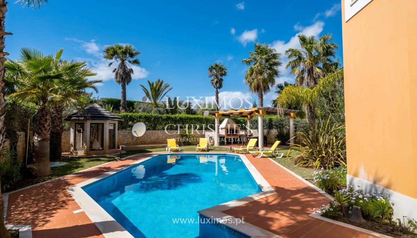 Freistehende villa zum Verkauf mit pool, in der Nähe von Strand und golf, Albufeira, Algarve, Portugal_76324
