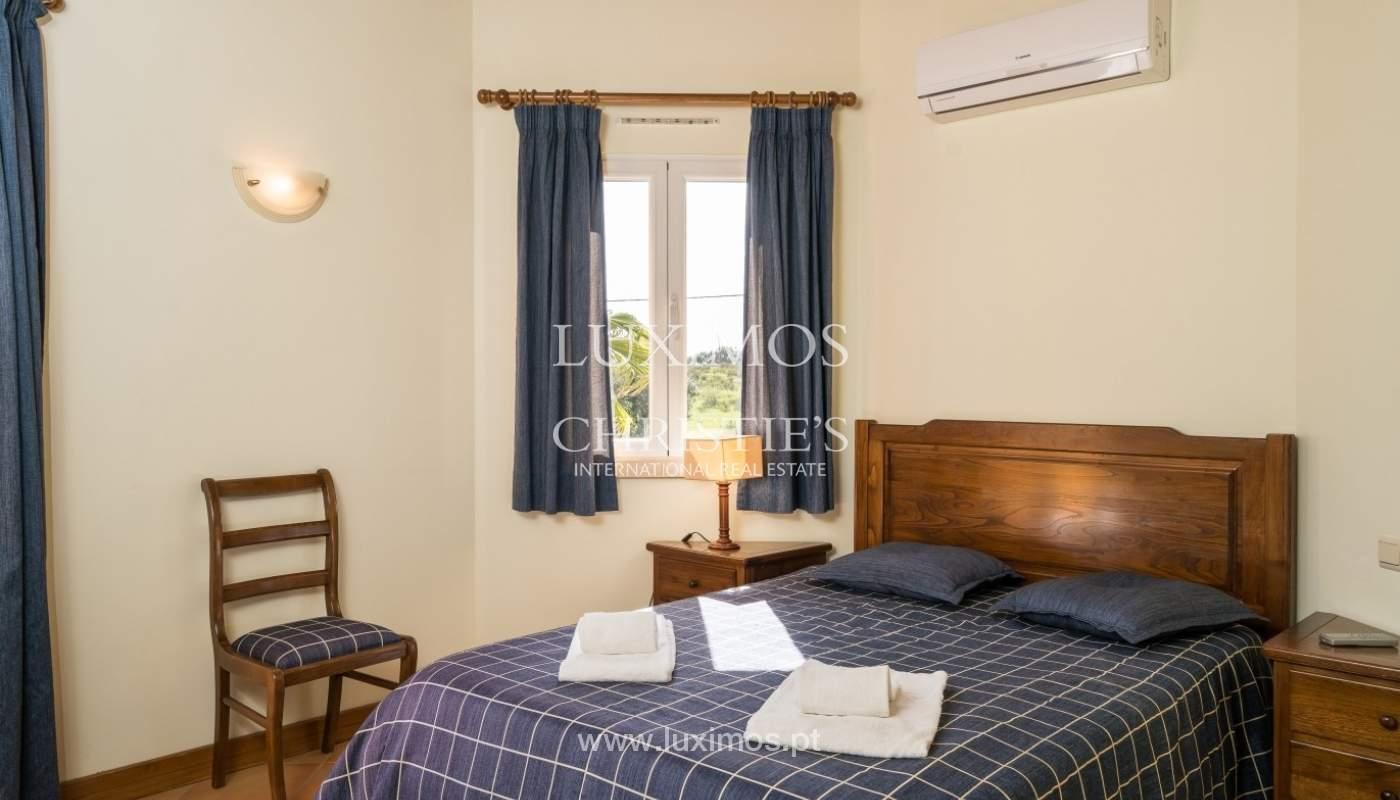 Freistehende villa zum Verkauf mit pool, in der Nähe von Strand und golf, Albufeira, Algarve, Portugal_76331