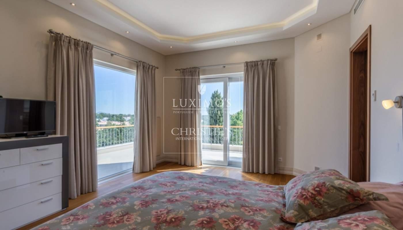 Luxusvilla mit Pool und Garten zu verkaufen, in Quinta do Lago, Algarve, Portugal_76362