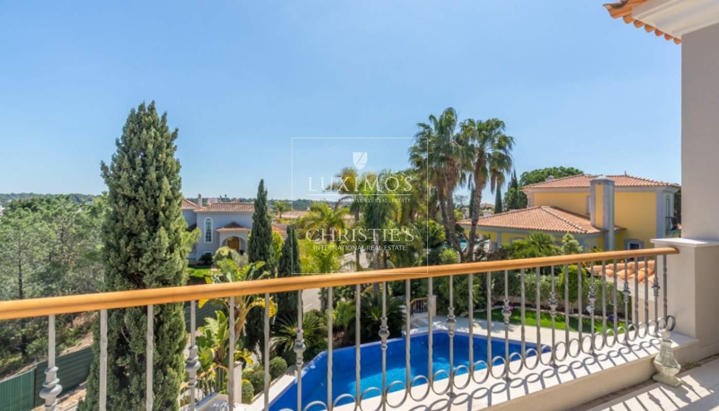 Luxusvilla mit Pool und Garten zu verkaufen, in Quinta do Lago, Algarve, Portugal_76365