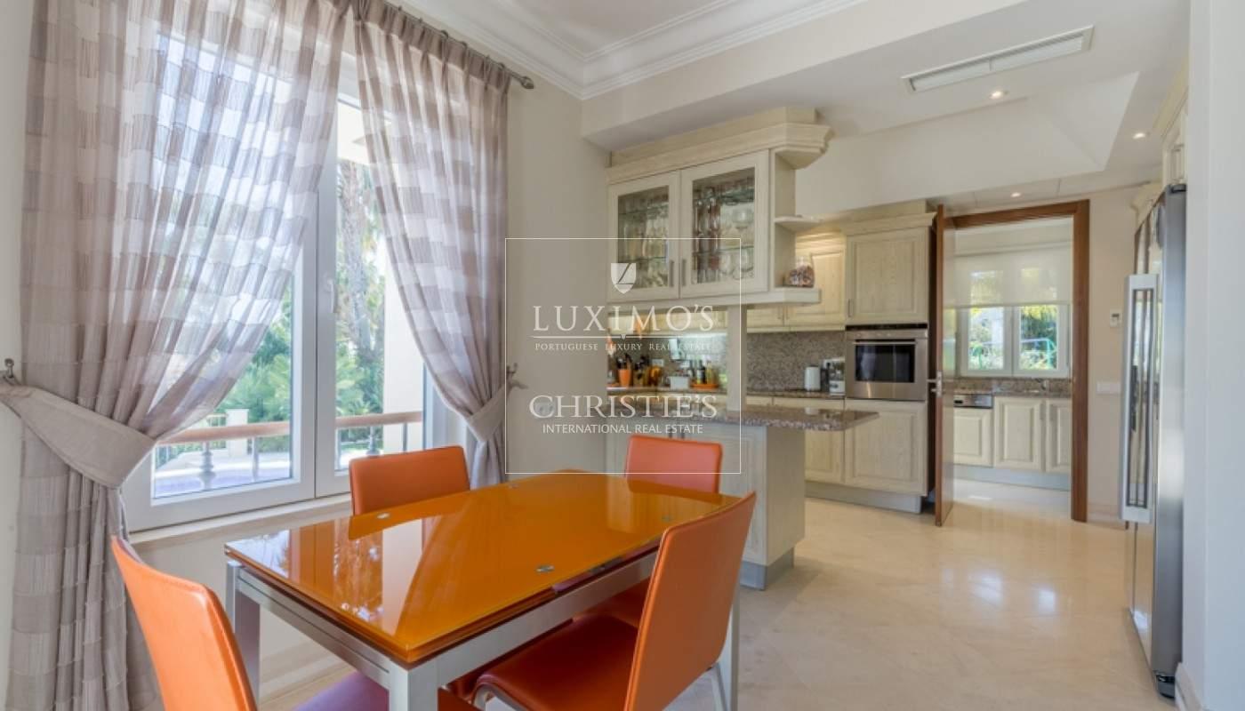 Luxusvilla mit Pool und Garten zu verkaufen, in Quinta do Lago, Algarve, Portugal_76367