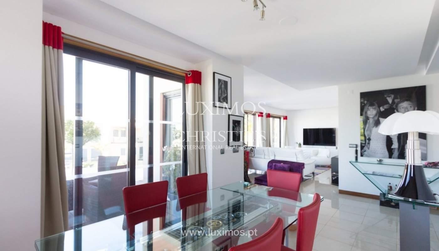 Wohnung zum Verkauf mit pool und Blick auf den Golfplatz Vale do Lobo, Algarve, Portugal_76809