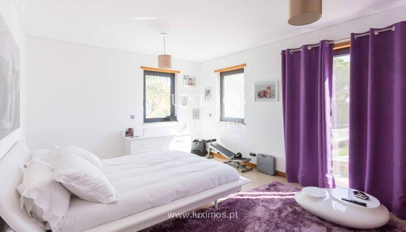 Wohnung zum Verkauf mit pool und Blick auf den Golfplatz Vale do Lobo, Algarve, Portugal_76812
