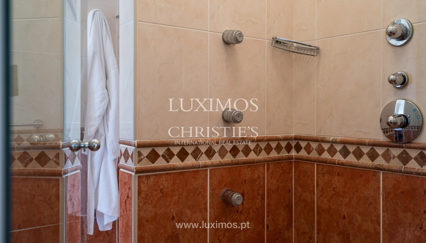 Vente villa de luxe avec piscine, terrain de Golf, Lagoa, Algarve, Portugal_76843