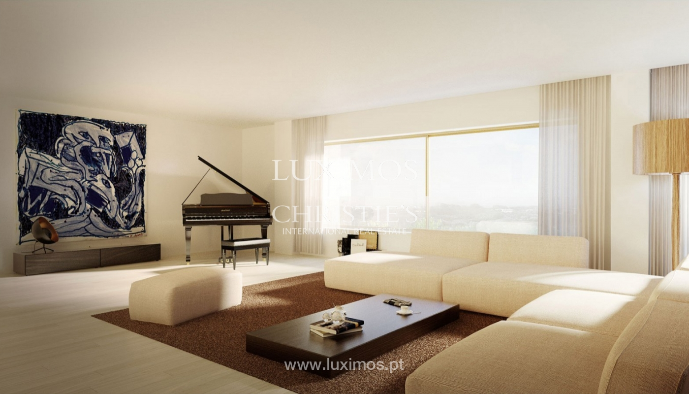 New and luxurious apartment, next to city park, Porto, Portugal_77314