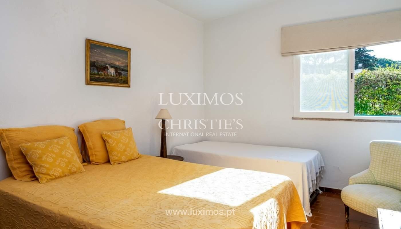 Moradia à venda, jardim, perto da praia e golfe, Vale do Lobo, Algarve_77374