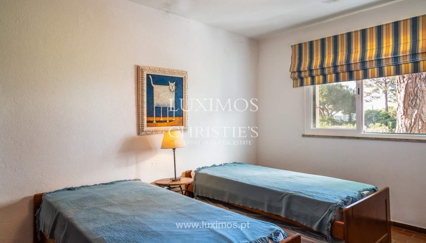 Moradia à venda, jardim, perto da praia e golfe, Vale do Lobo, Algarve_77382
