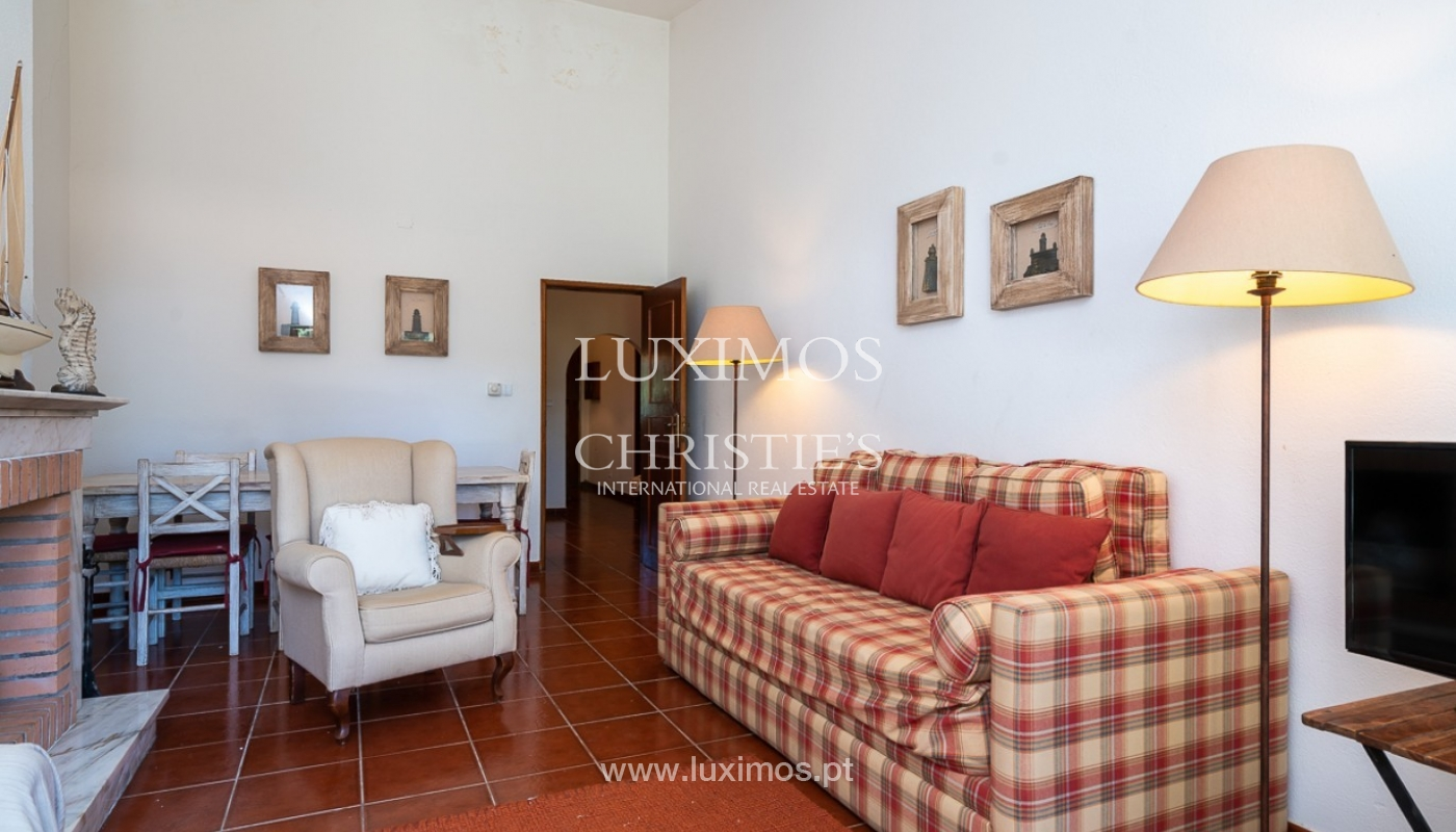 Moradia à venda, jardim, perto da praia e golfe, Vale do Lobo, Algarve_77383