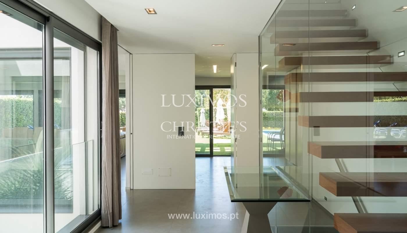 Villa en venta con piscina, junto a golf, Vilamoura, Algarve, Portugal_78030