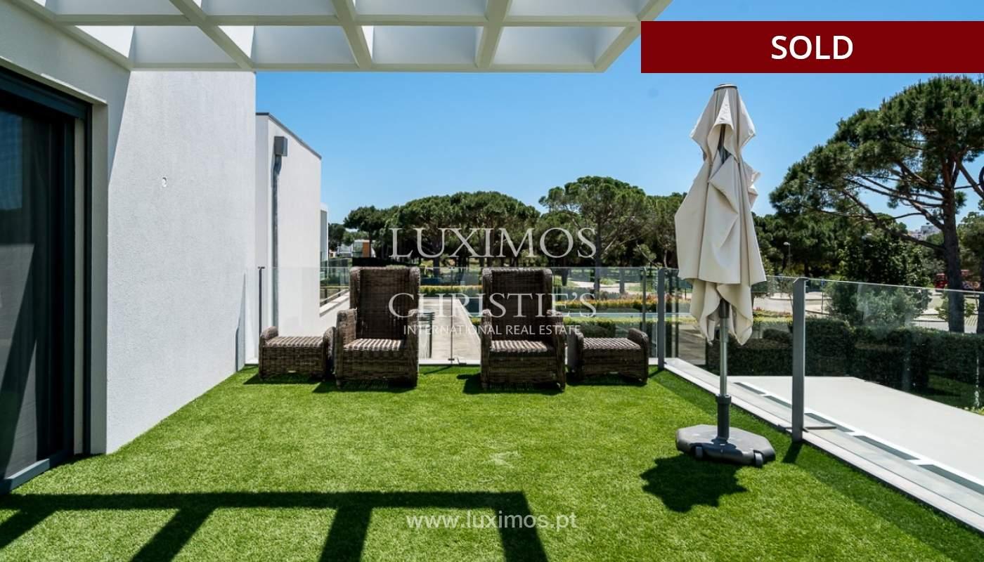 Villa en venta con piscina, junto a golf, Vilamoura, Algarve, Portugal_78043