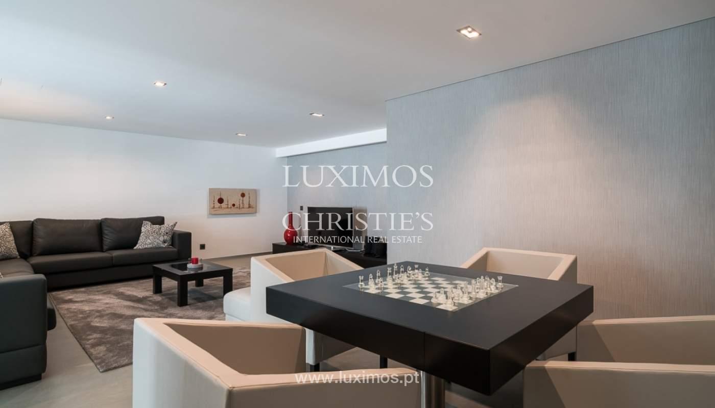 Villa en venta con piscina, junto a golf, Vilamoura, Algarve, Portugal_78046