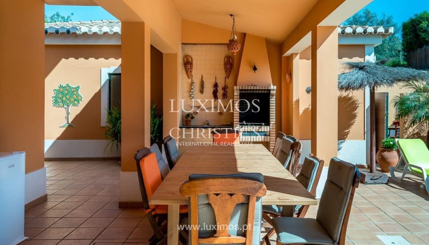 Villa individuelle à vendre, piscine, terrasse, près de plage et golf, Alvor, Algarve, Portugal_78508