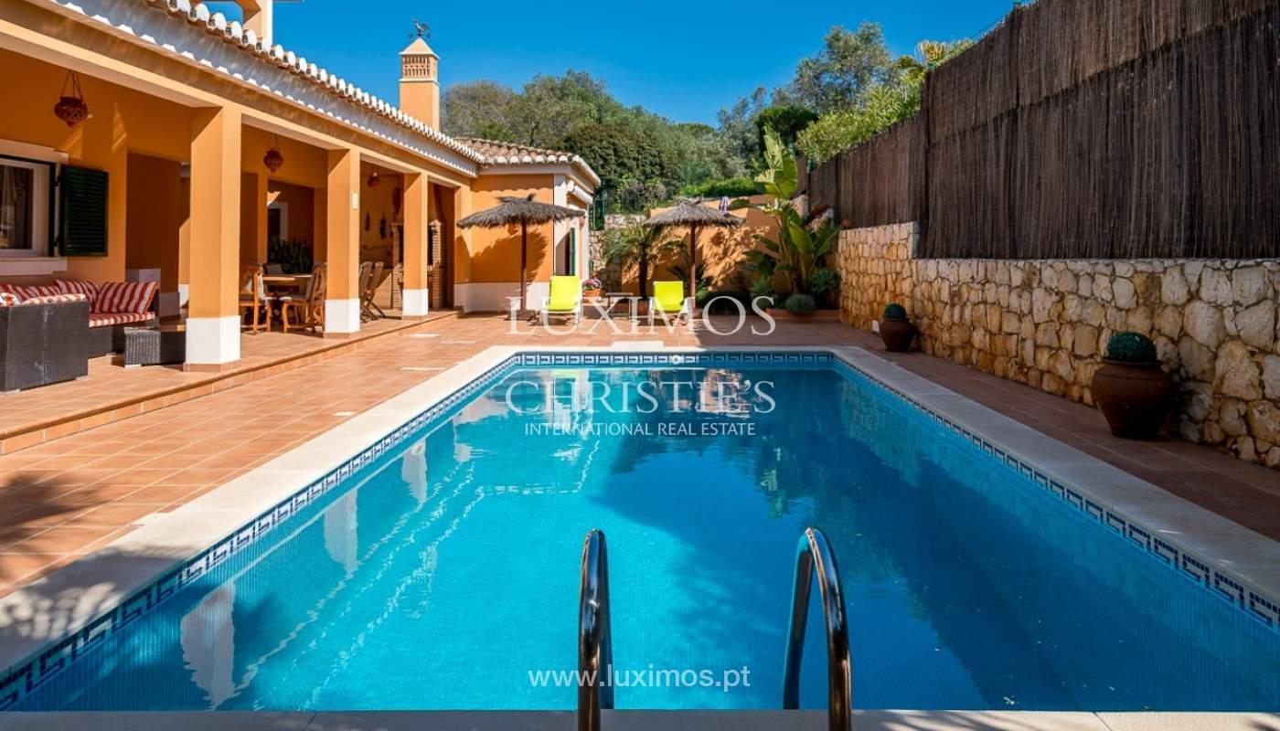 Villa individuelle à vendre, piscine, terrasse, près de plage et golf, Alvor, Algarve, Portugal_78510
