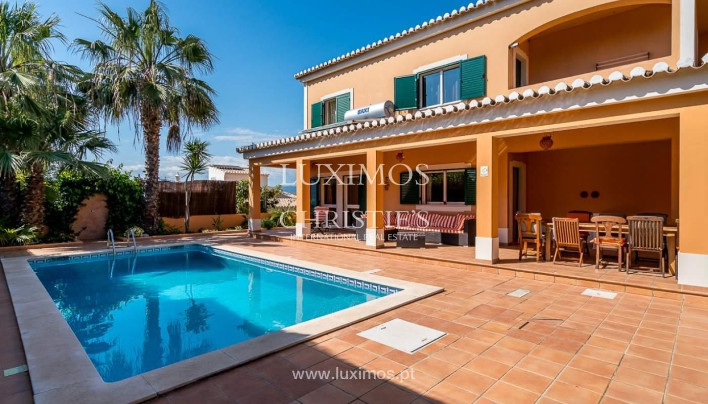 Villa individuelle à vendre, piscine, terrasse, près de plage et golf, Alvor, Algarve, Portugal_78511