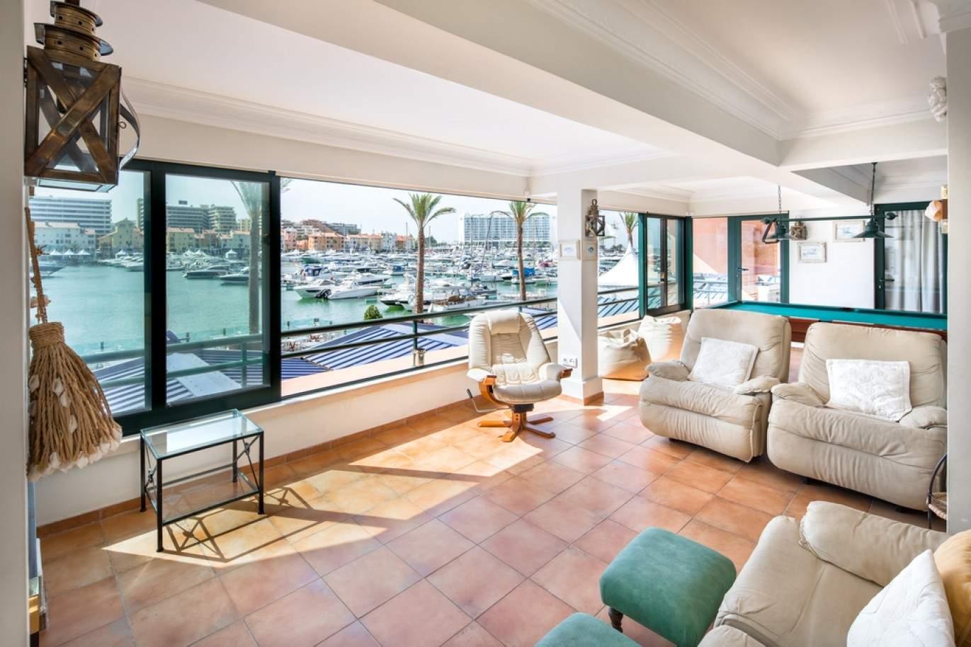 luxuoso-apartamento-com-vista-para-a-marina-de-vilamoura-algarve