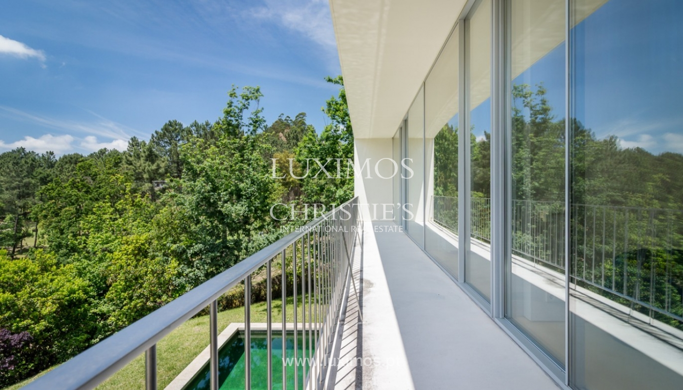 Sale of villa w/ garden and pool, near the golf, Ponte Lima, Portugal_80066