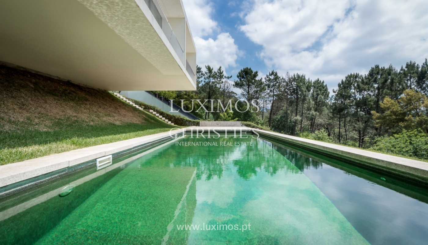 Sale of villa w/ garden and pool, near the golf, Ponte Lima, Portugal_80077