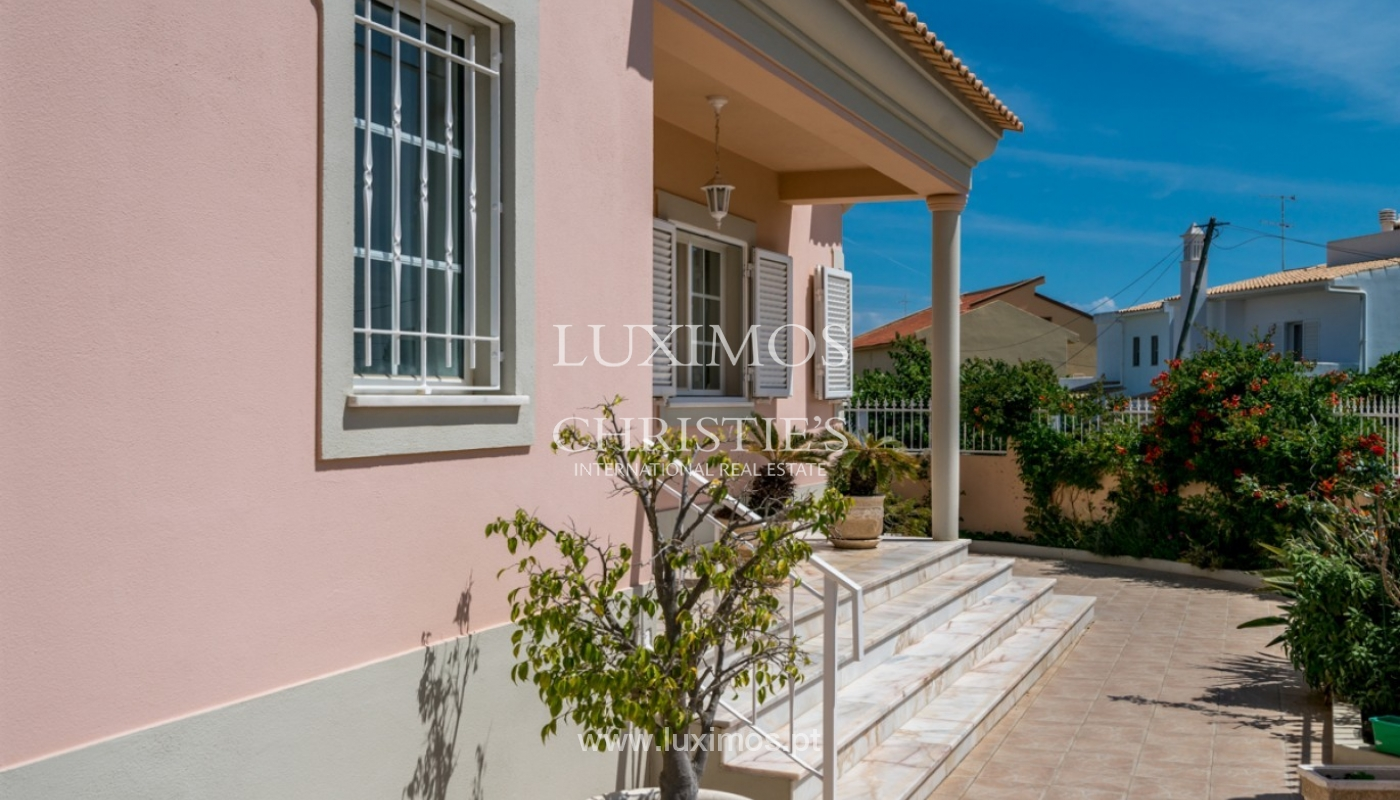 Villa for sale, with pool, near the beach, Faro, Algarve, Portugal_80201