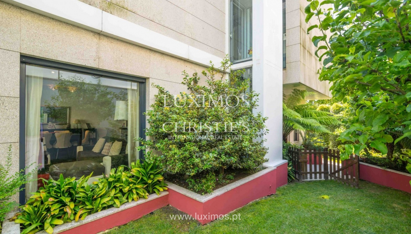 Sale of modern villa with pool and garden, Porto, Portugal _80323