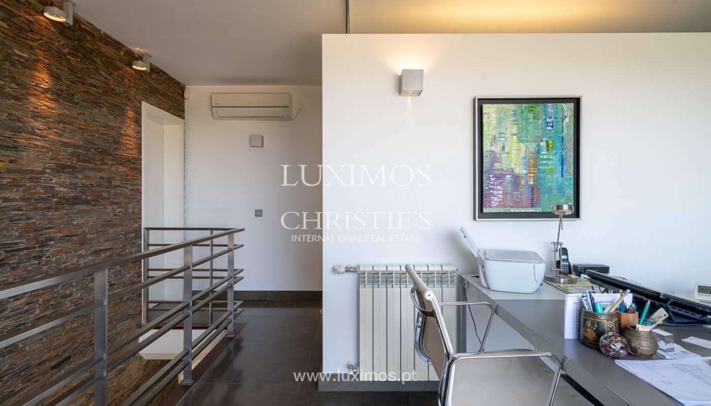 Verkauf einer modernen Villa mit Meerblick, Porches, Algarve, Portugal_82108