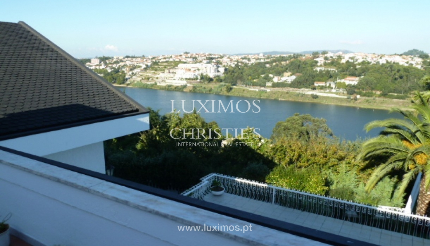 Villa with river views, Oliveira do Douro, Porto, Portugal _82175
