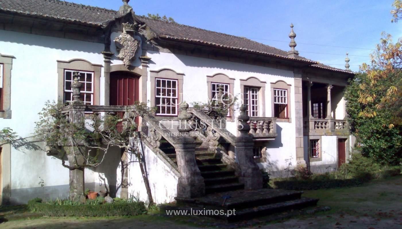 Casa Secular reabilitada, Braga_82559