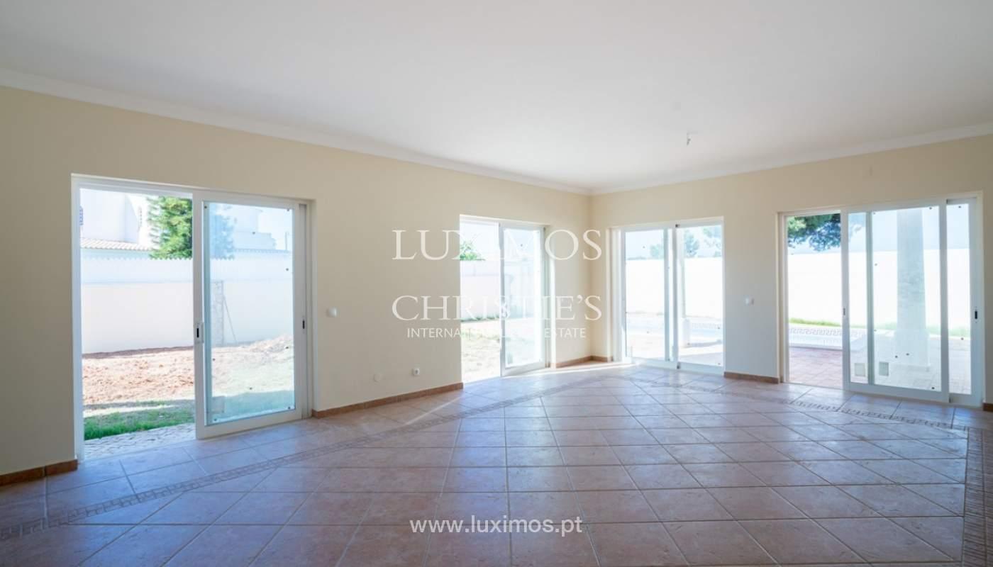 Sale of villa with pool near beach in Albufeira, Algarve, Portugal_82844