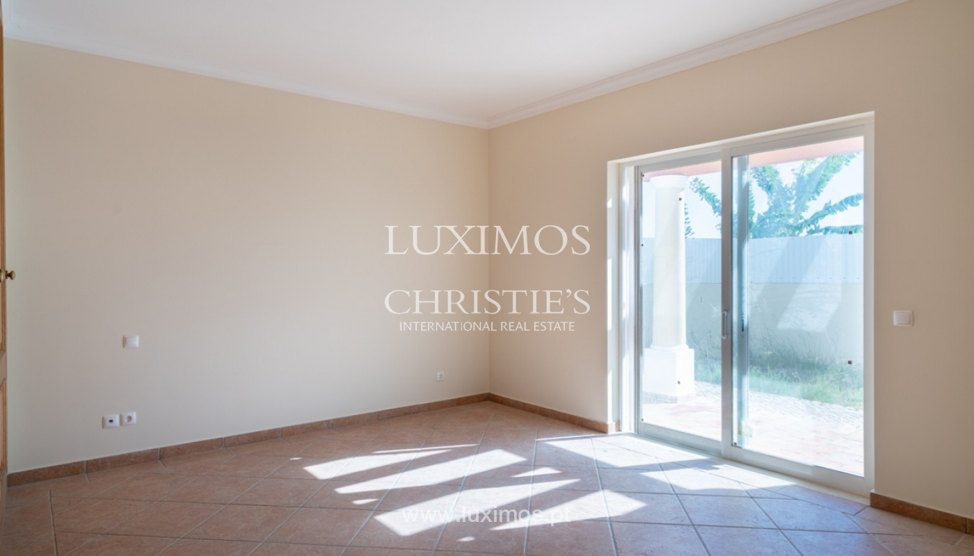 Sale of villa with pool near beach in Albufeira, Algarve, Portugal_82848