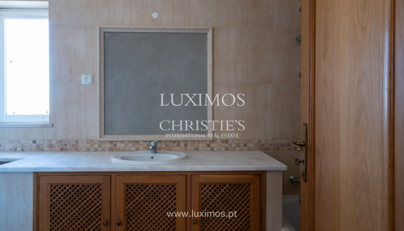 Sale of villa with pool near beach in Albufeira, Algarve, Portugal_82861