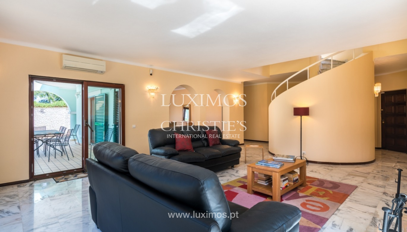 Villa à vendre avec piscine à Penina, Alvor, Algarve, Portugal_83387