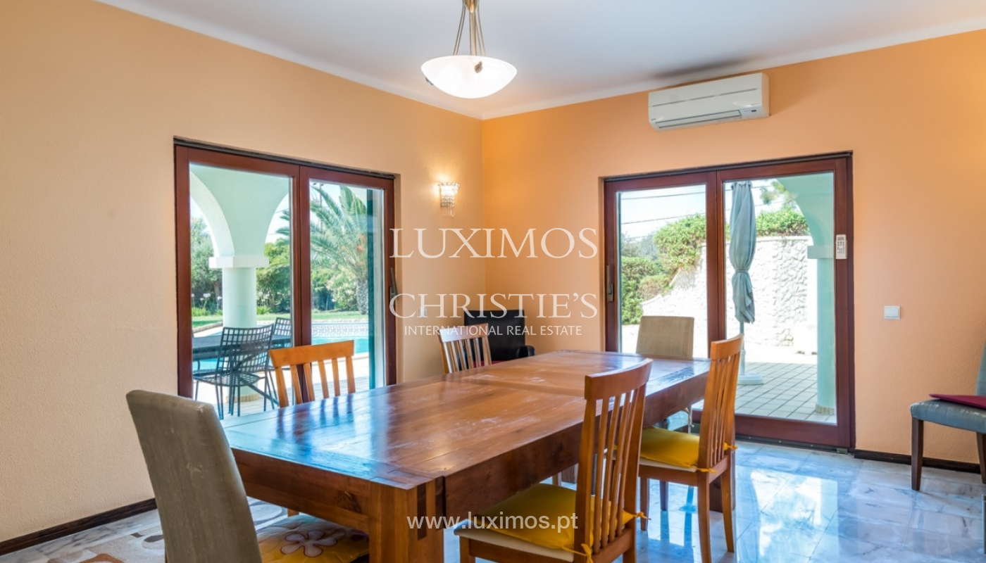 Villa à vendre avec piscine à Penina, Alvor, Algarve, Portugal_83389
