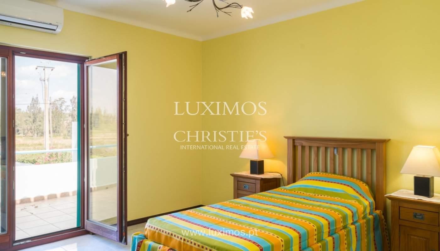 Villa à vendre avec piscine à Penina, Alvor, Algarve, Portugal_83400
