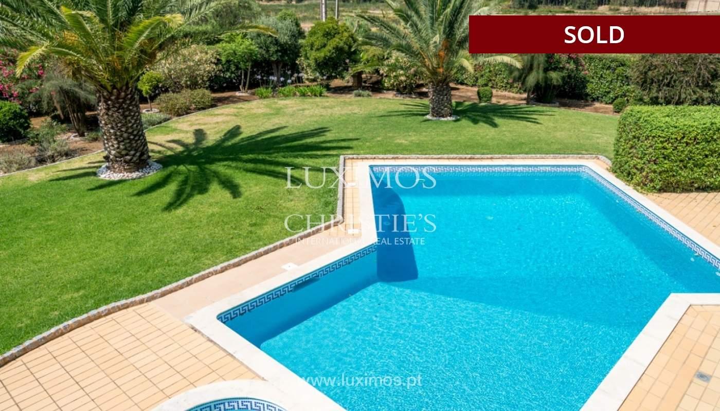 Villa à vendre avec piscine à Penina, Alvor, Algarve, Portugal_83402