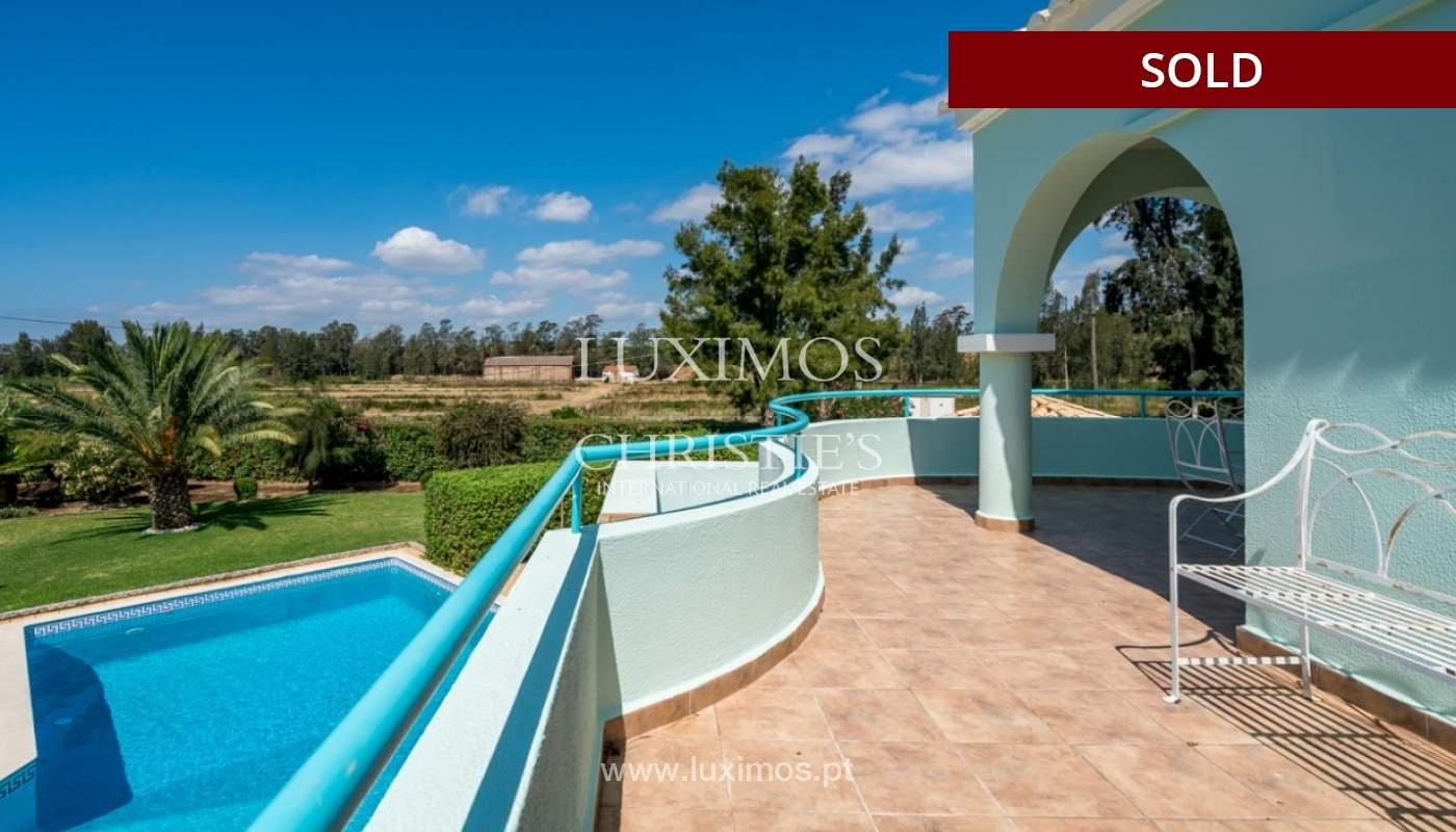 Villa à vendre avec piscine à Penina, Alvor, Algarve, Portugal_83403
