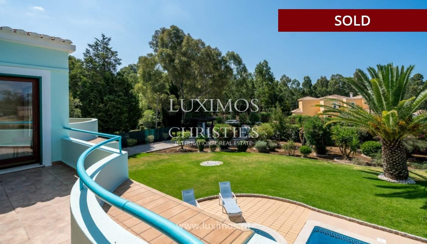 Villa à vendre avec piscine à Penina, Alvor, Algarve, Portugal_83404