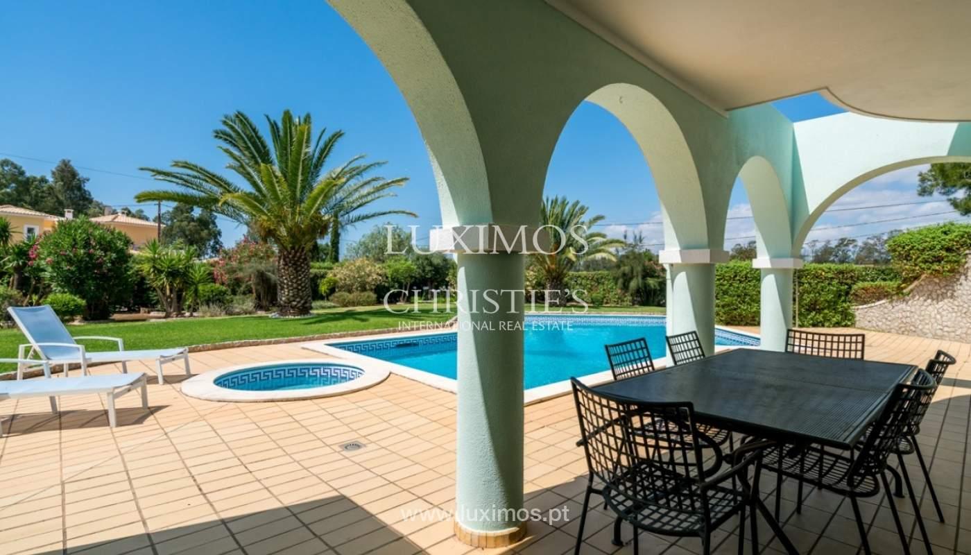 Villa à vendre avec piscine à Penina, Alvor, Algarve, Portugal_83413