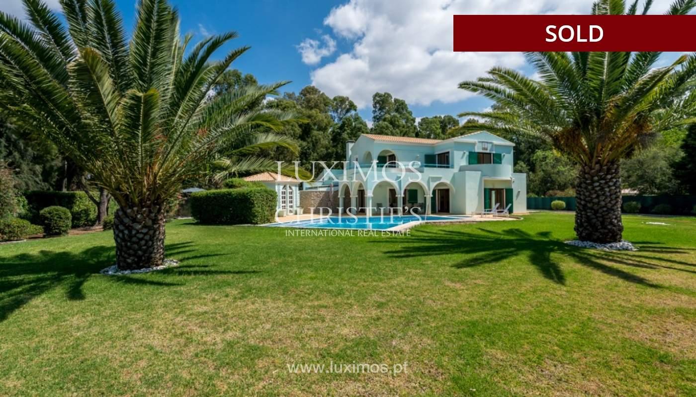 Villa à vendre avec piscine à Penina, Alvor, Algarve, Portugal_83416