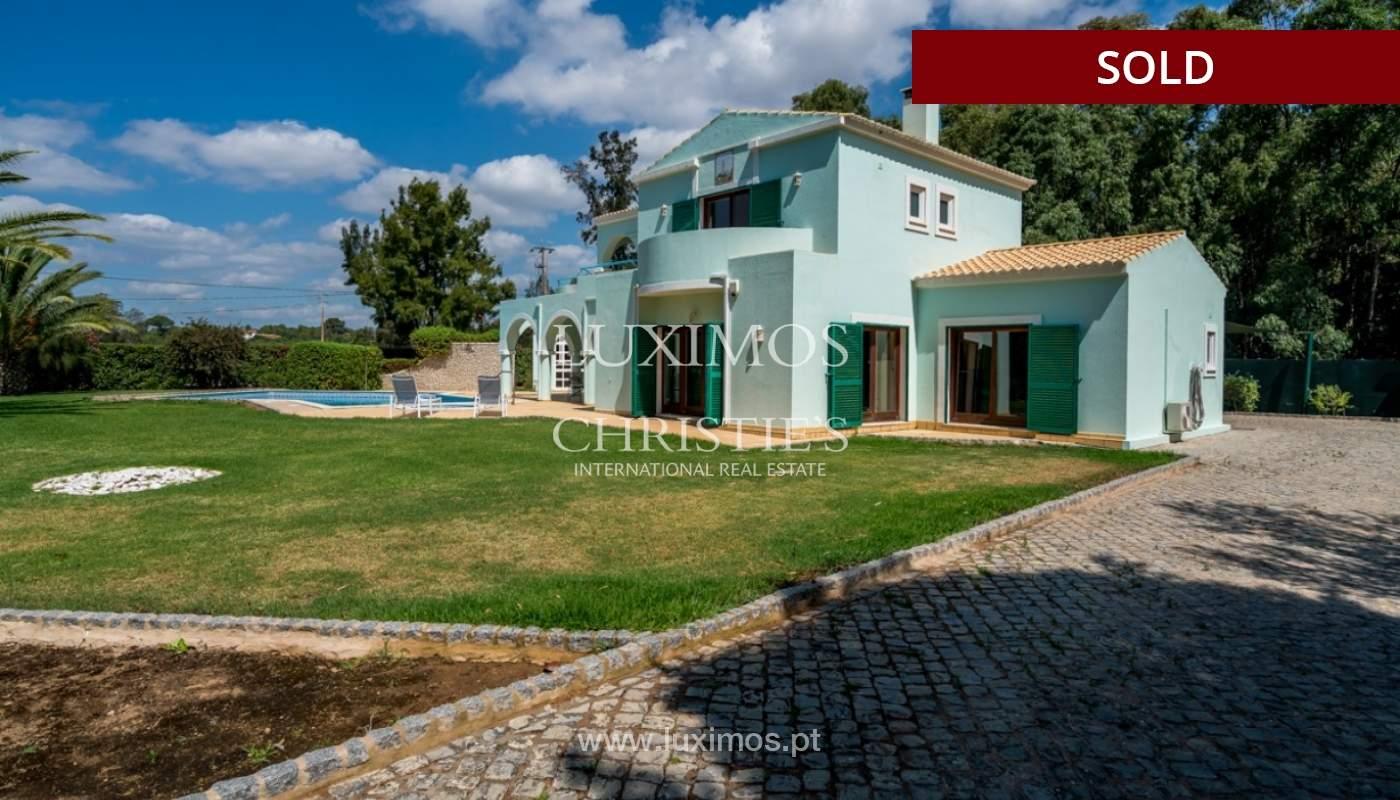 Villa à vendre avec piscine à Penina, Alvor, Algarve, Portugal_83419