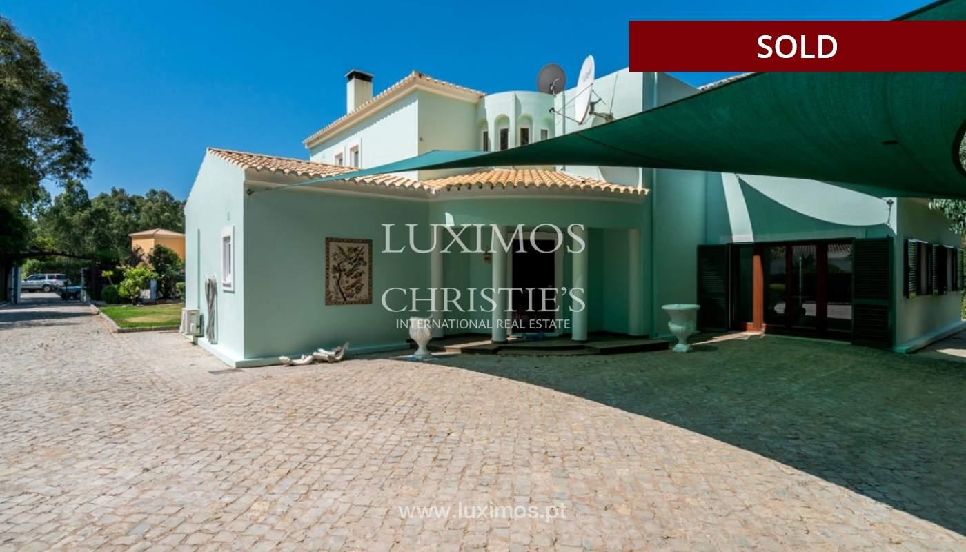 Villa à vendre avec piscine à Penina, Alvor, Algarve, Portugal_83420
