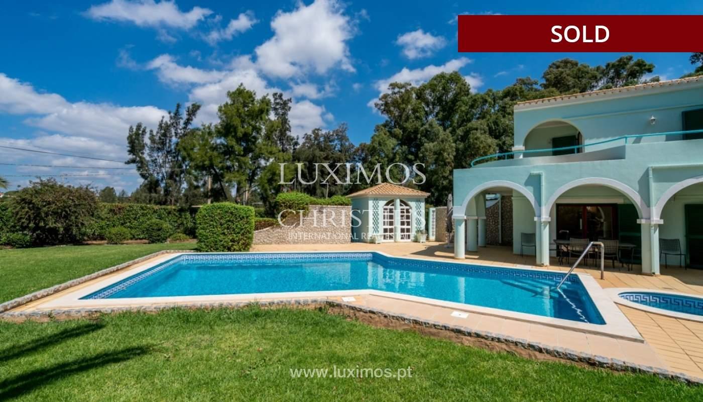 Villa à vendre avec piscine à Penina, Alvor, Algarve, Portugal_83421