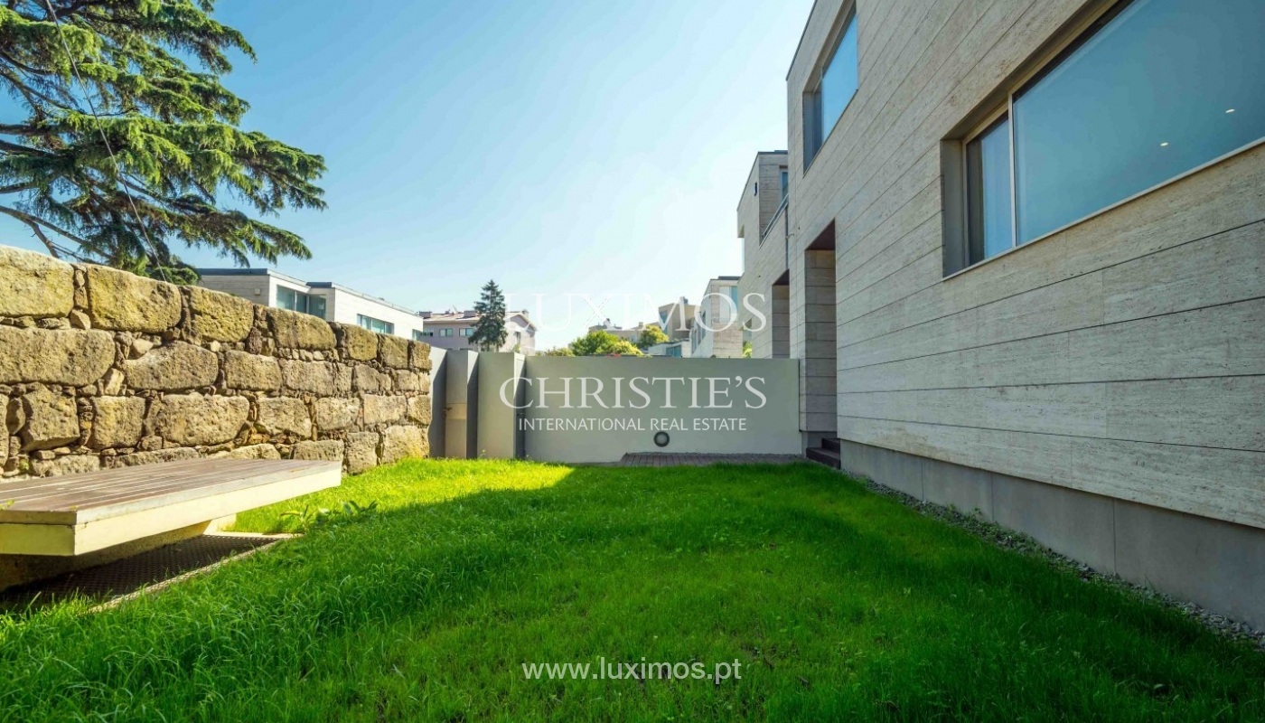 New villa for sale, private community, premium area of Porto, Portugal_83445
