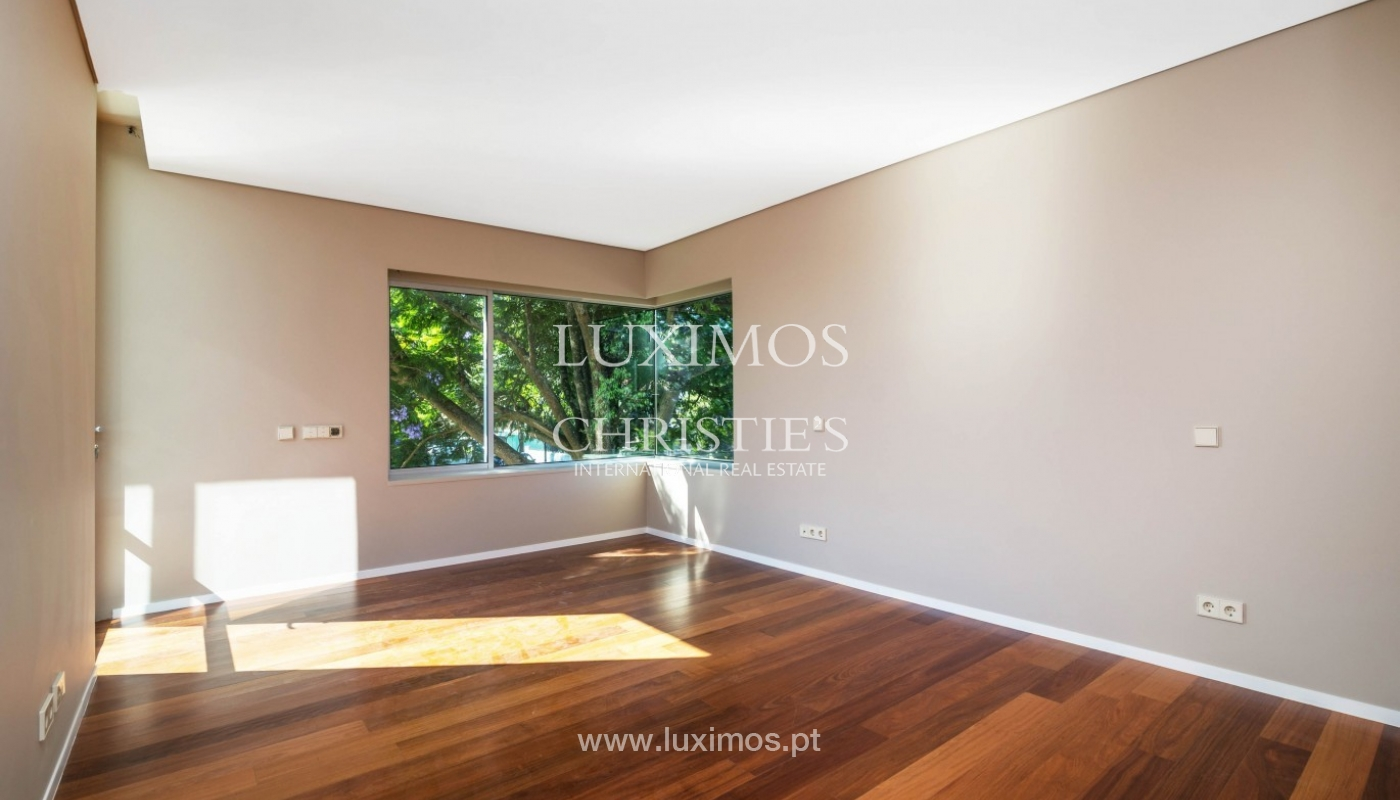 New villa for sale, private community, premium area of Porto, Portugal_83454