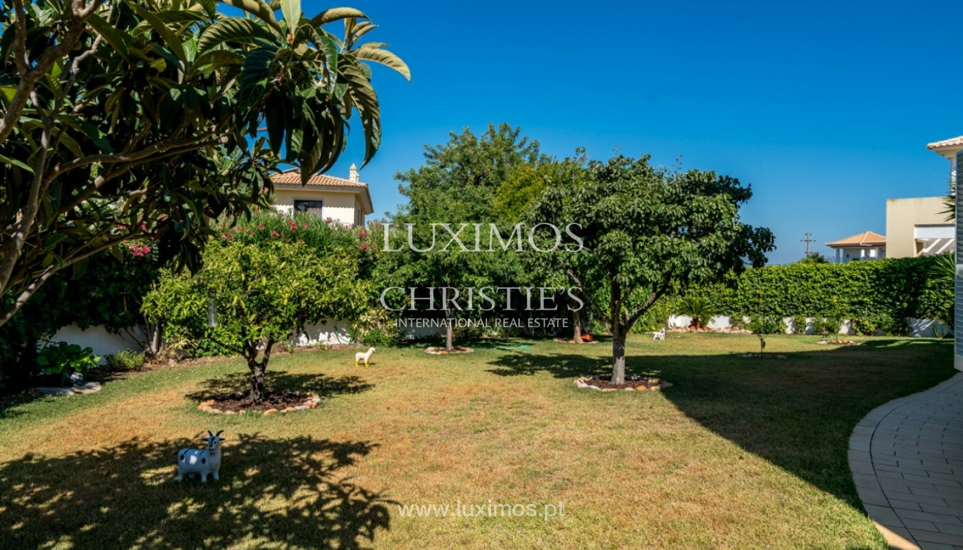 Venda de moradia com jardim em Faro, Algarve_83733
