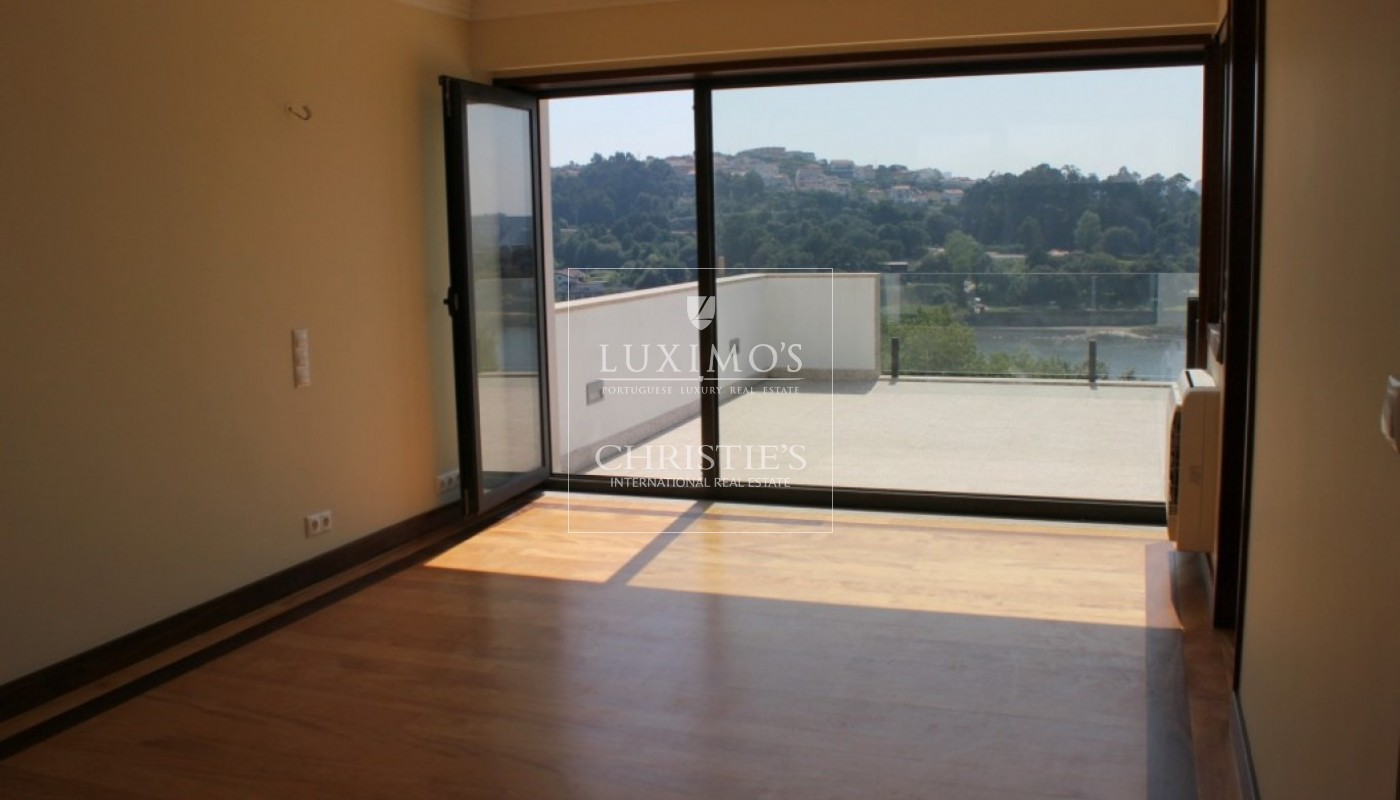 Luxury villa for sale with pool and river views, Porto, Portugal_84913